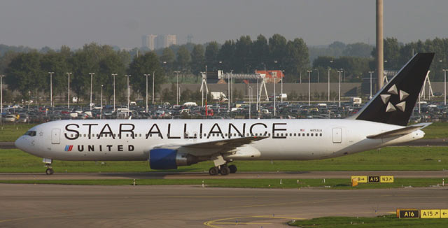 Boeing 767-300 United Airlines / Star Alliance