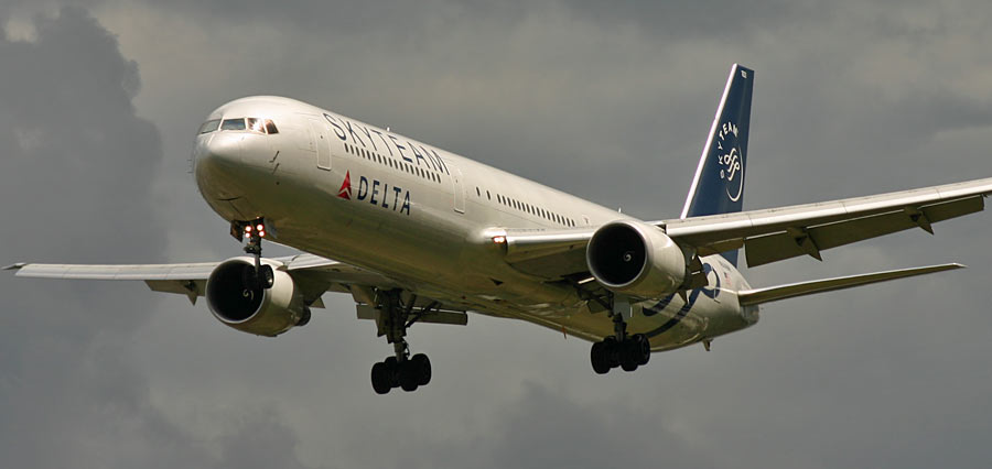 Boeing 767-400 Delta Air Lines / Skyteam