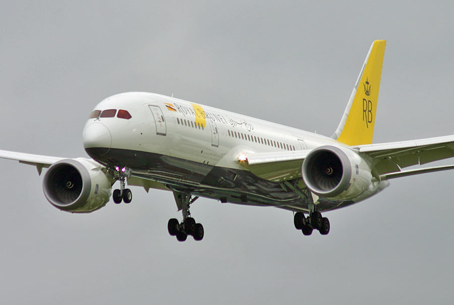 Boeing 787-8 Royal Brunei Airlines