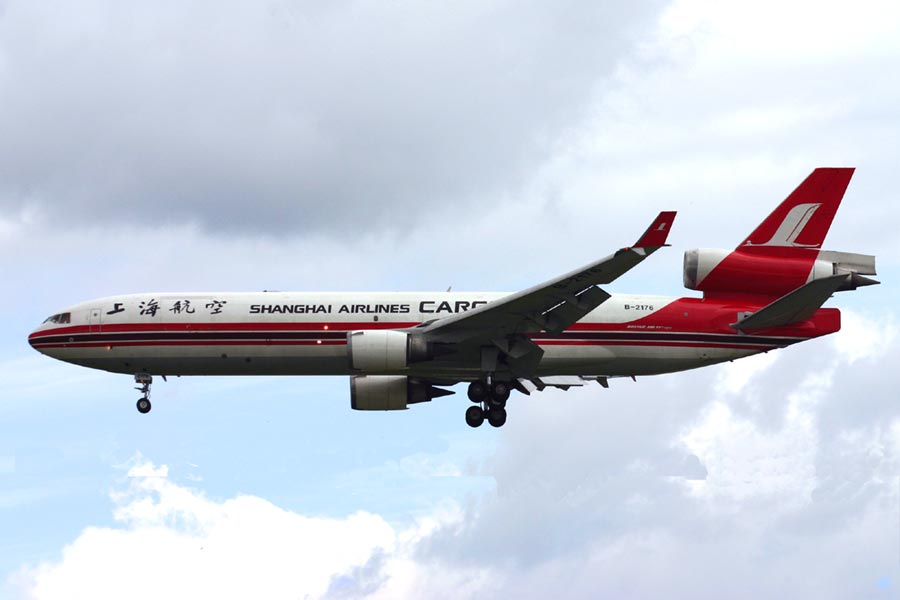 McDonnell Douglas MD-11 Shanghai Airlines Cargo